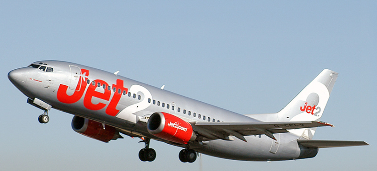 Jet2 inntar London Stansted